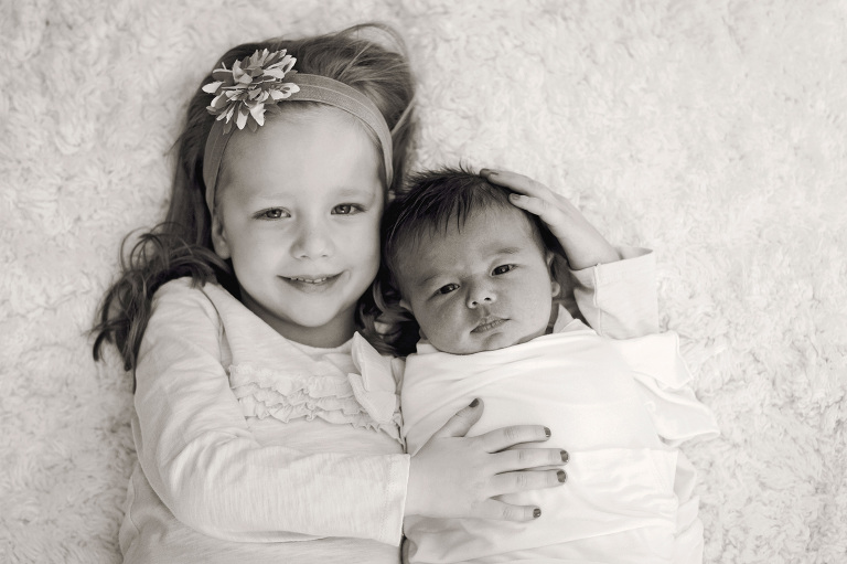 sweet sisters newborn siblings children